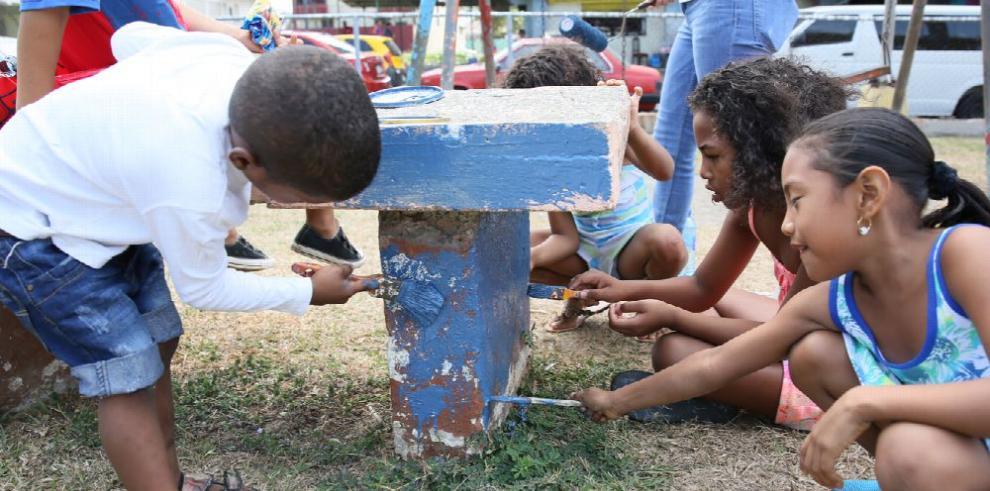 Voluntarios se lucen en Panamá