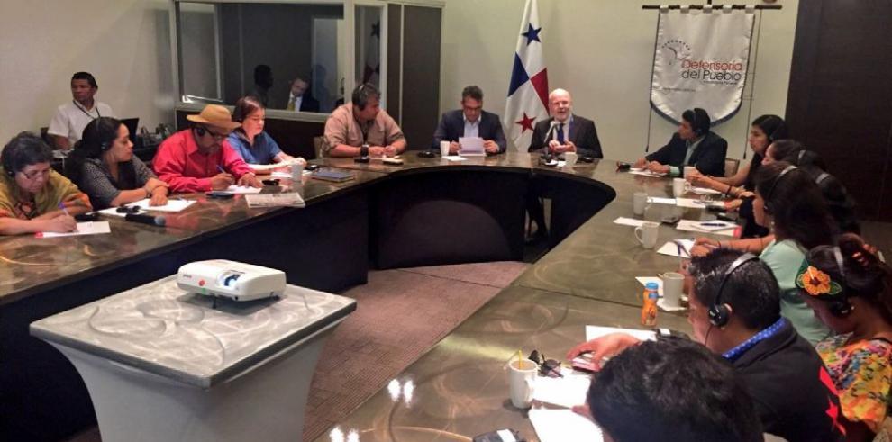 Activistas locales se reúnen con relatores de CIDH