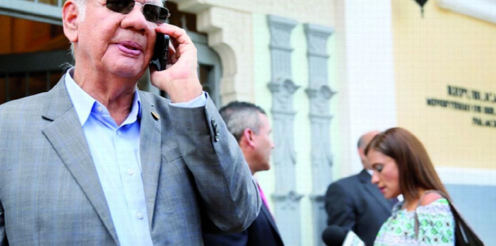Fiscal Díaz solicita 'alerta roja' para Ricardo Martinelli