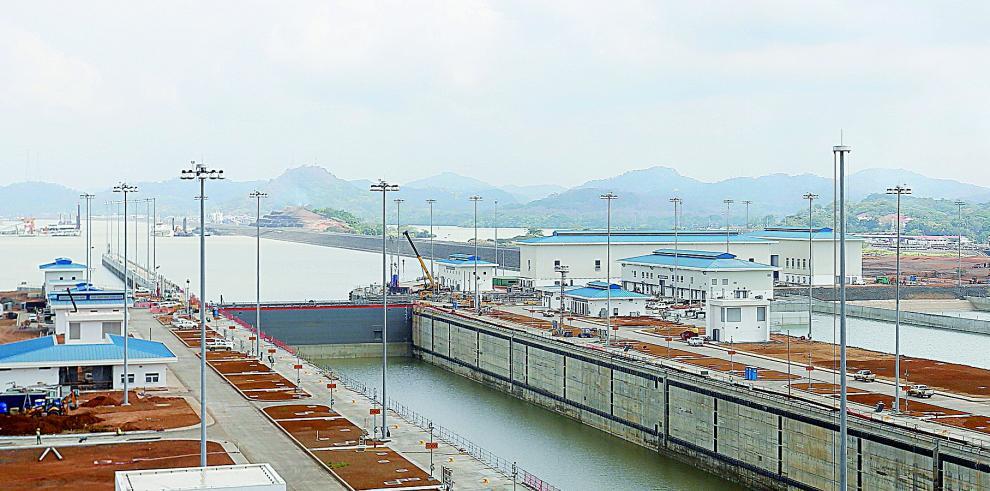 Canal de Panamá suspende restricciones de calado y opera con normalidad