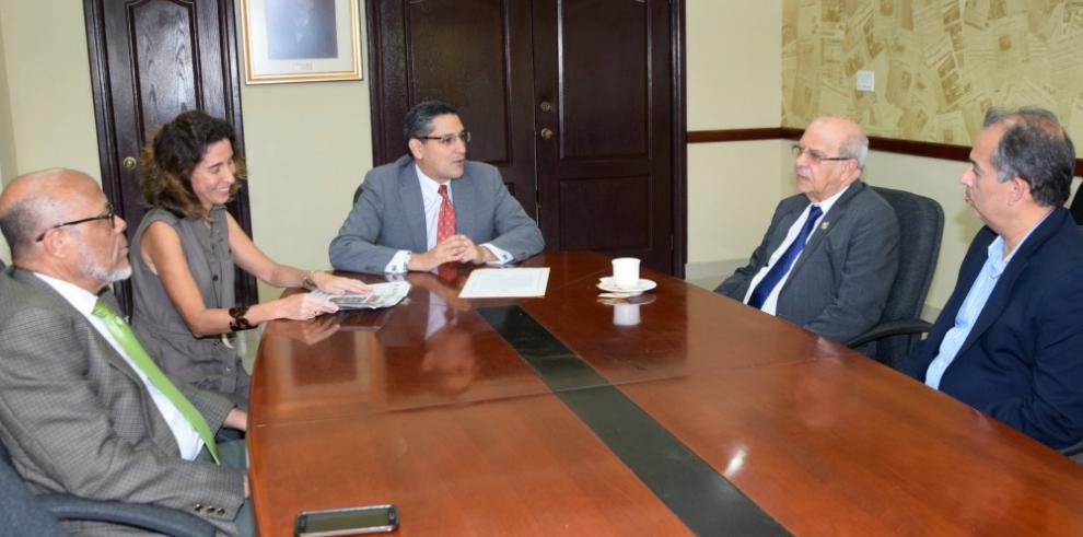 Universidad de Panamá declara su solidaridad a 'La Decana'