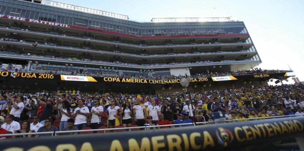 La fiebre del fútbol conquista Filadelfia, con la Copa América