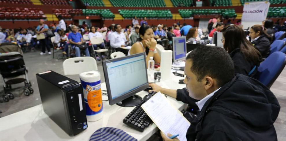 Varela defiende procesos para la regulación de extranjeros