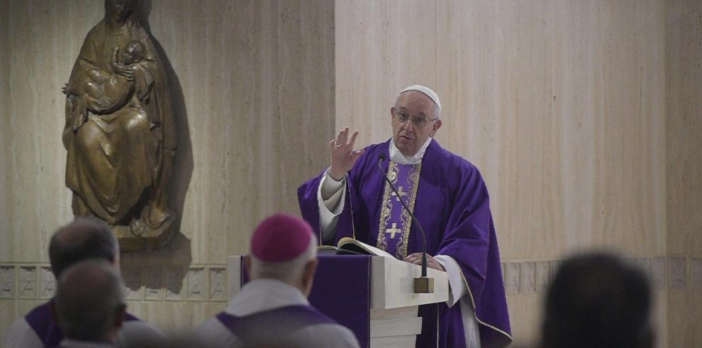 Camilo Sesto lanza tema con la voz del papa Francisco