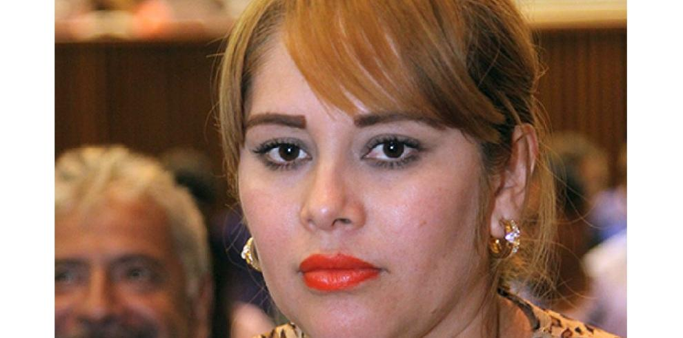 México retiene a diputada para que declare sobre lazos con