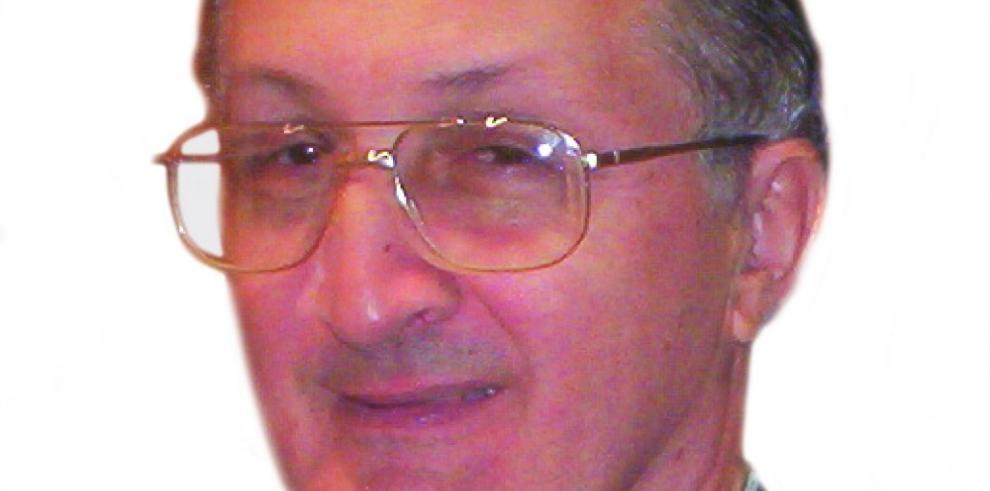 Homenaje póstumo al padre de la Medicina Familiar en Panamá