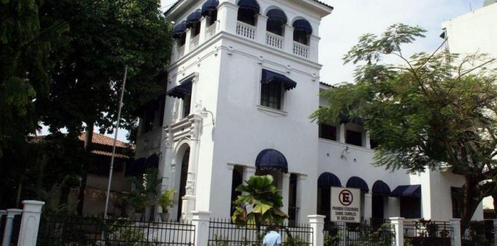 Fiscalía inspecciona oficinas de Odebrecht y tres bancos en Panamá
