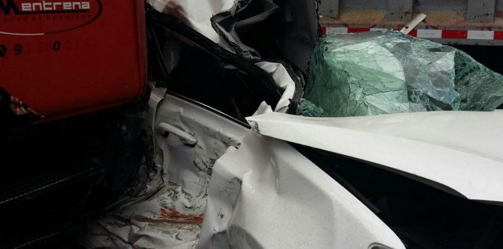 Accidente de tránsito en Loma Cová genera tranque vehicular
