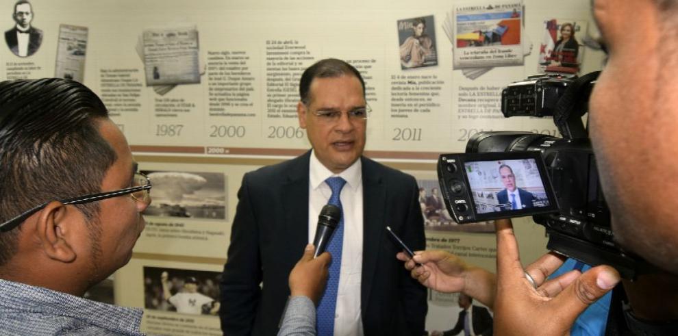 González pretende acaparar la mayoría del CEN del PRD