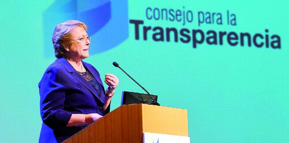 Bachelet busca subir crecimiento del país