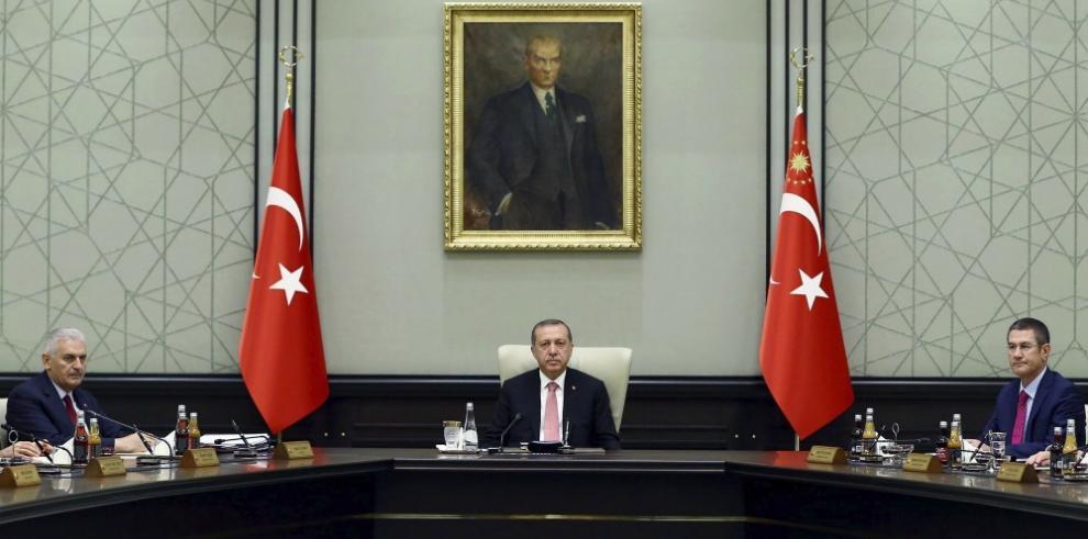 Turquía suspende la Convención de DDHH por estado de emergencia