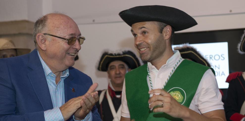 Iniesta dice que su objetivo e ilusión es retirarse en el Barcelona