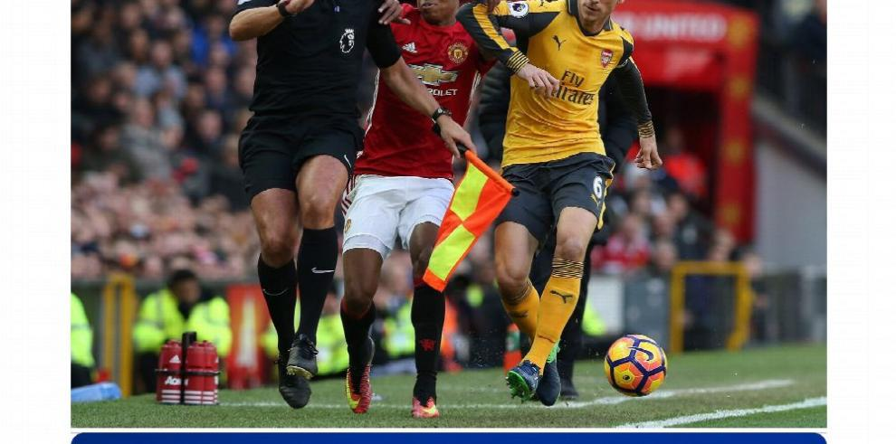 Manchester United y Arsenal sellan empate