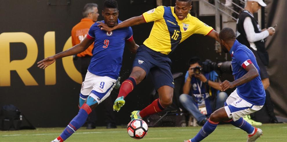 Ecuador golea a Haití y ya está en cuartos de final