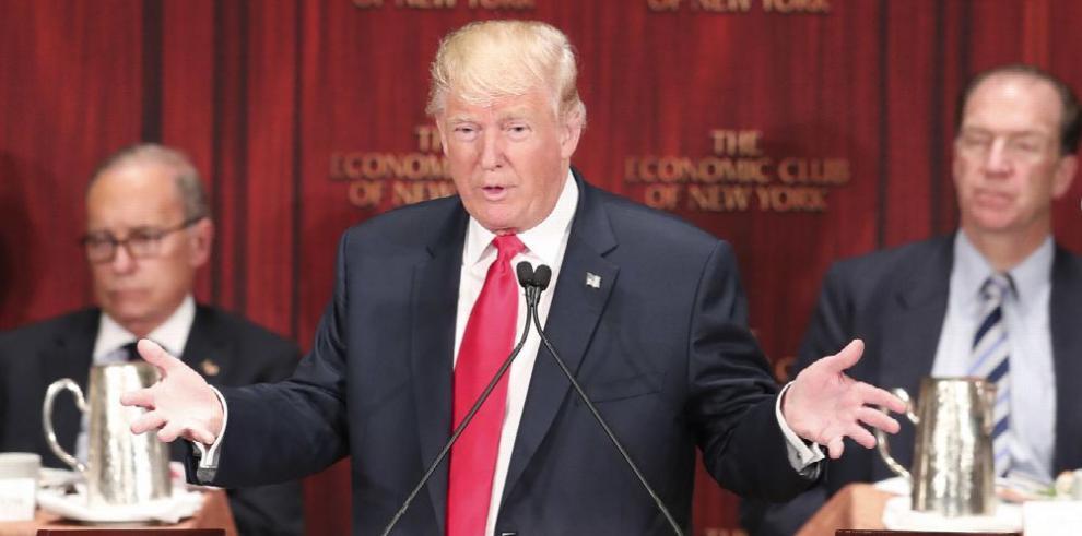 Clinton y Trump empatan en nueva encuesta a nivel nacional