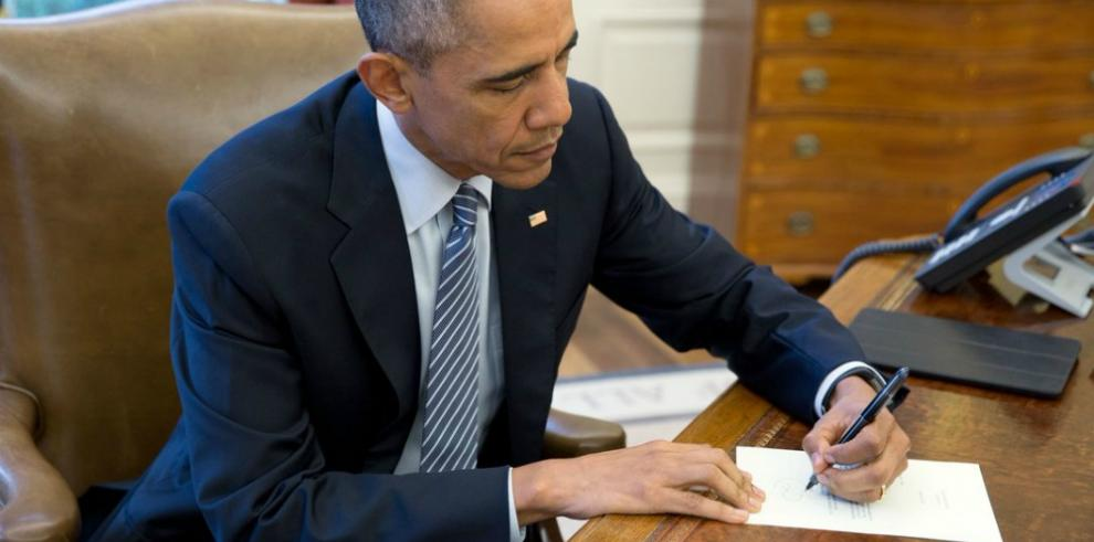 Obama dice que le había pedido a Putin frenar pirateo informático