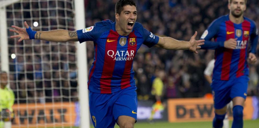 Luis Suárez renueva con el Barcelona