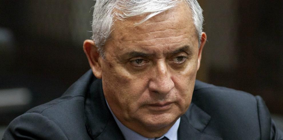 Fijan audiencia para decidir futuro de expresidente guatemalteco Pérez