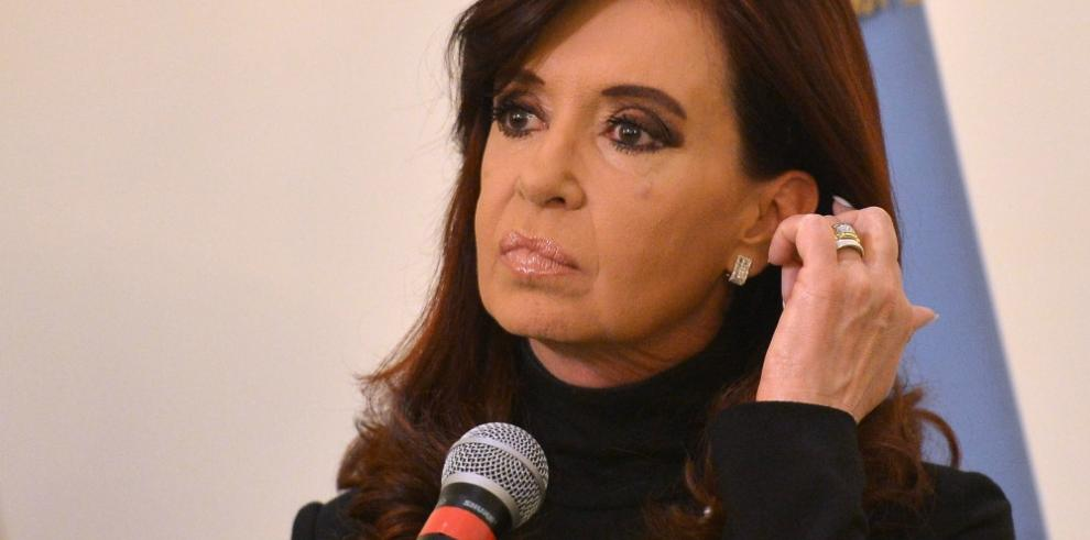 Justicia rechaza otra vez acusación contra Kirchner por pacto con Irán