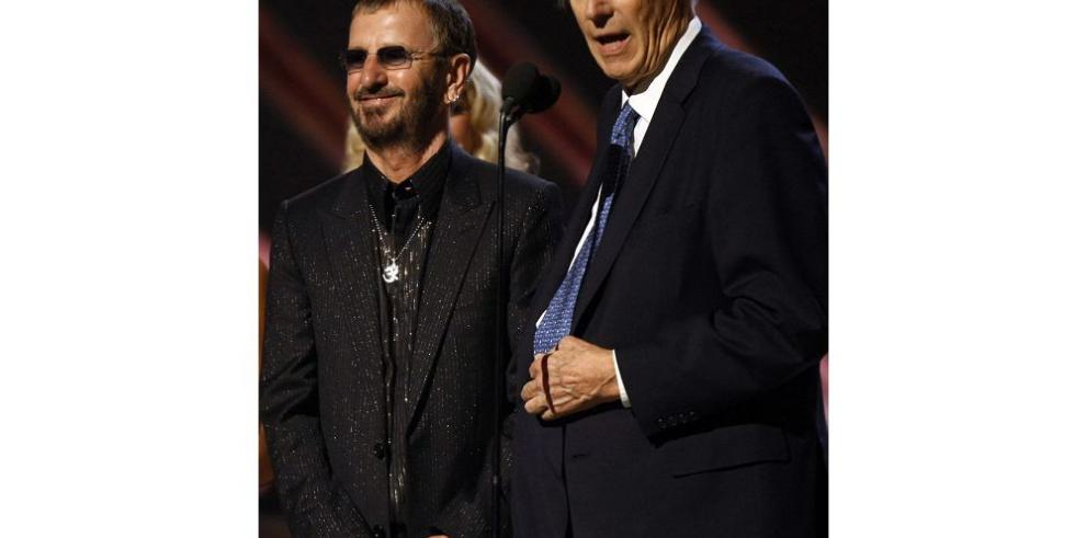 "McCartney: ""George fue un segundo padre para mí"""