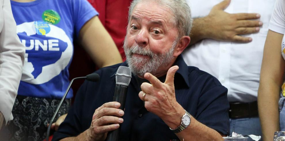 MP de Brasil pideprisión preventiva para Lula da Silva