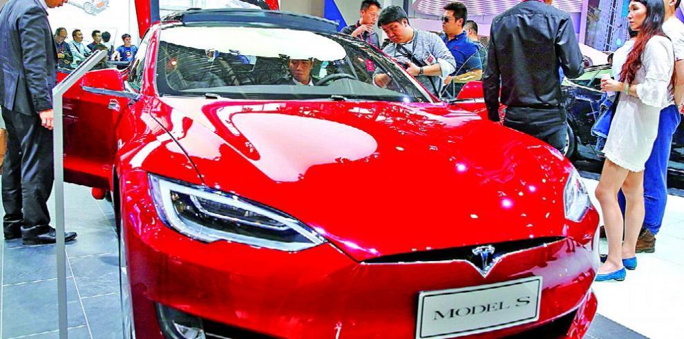 El 'plan maestro' de Tesla no impresiona a los inversores