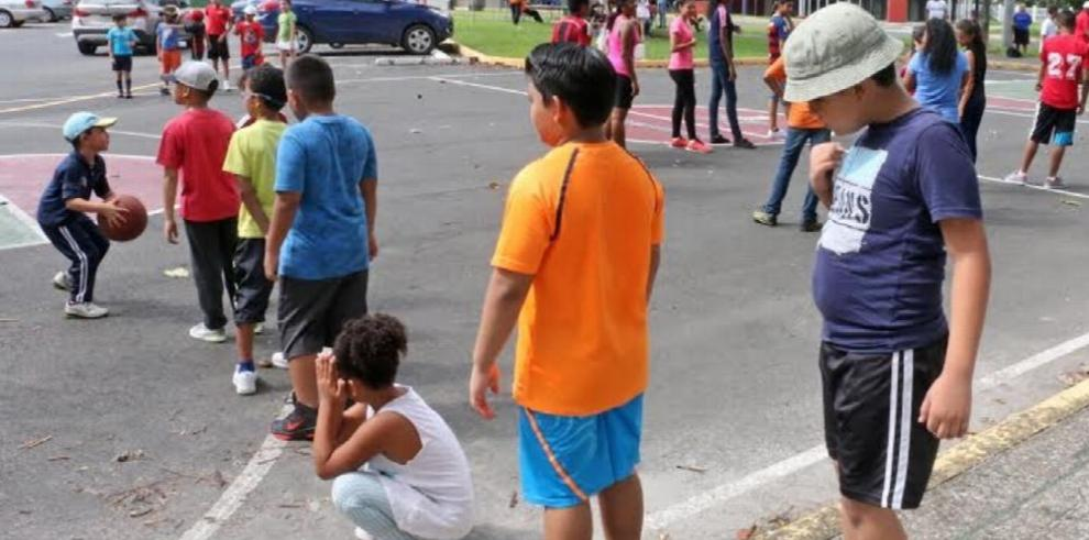Vacaciones deportivas en la ciudad Irving Saladino