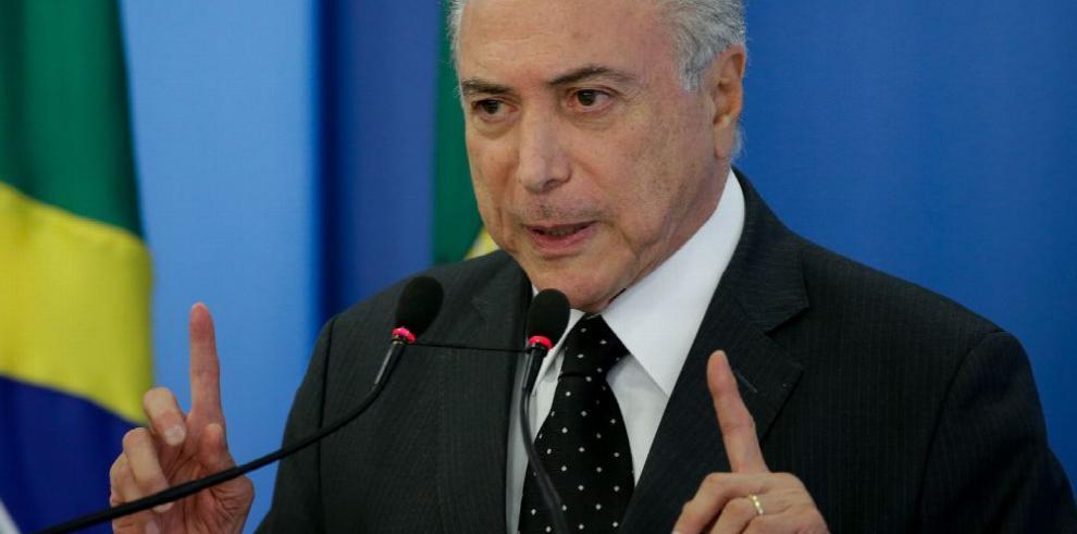 Suerte de Rousseff se decidiría antes de las Olimpiadas