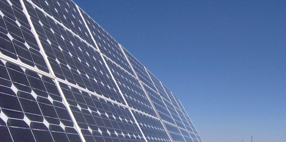 La empresa alemana Solar World busca hacer negocios en Panamá