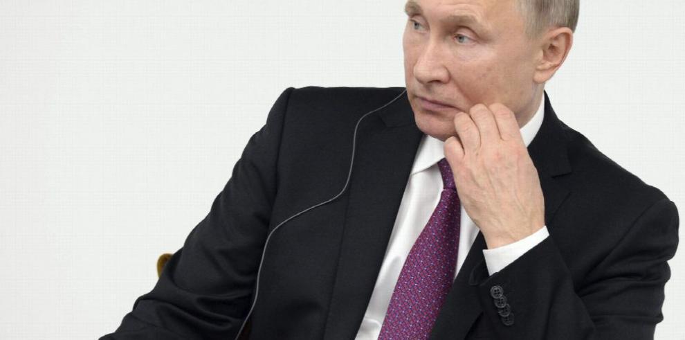 Rusia tacha de 'indecentes' presuntos hackeos a EE.UU.