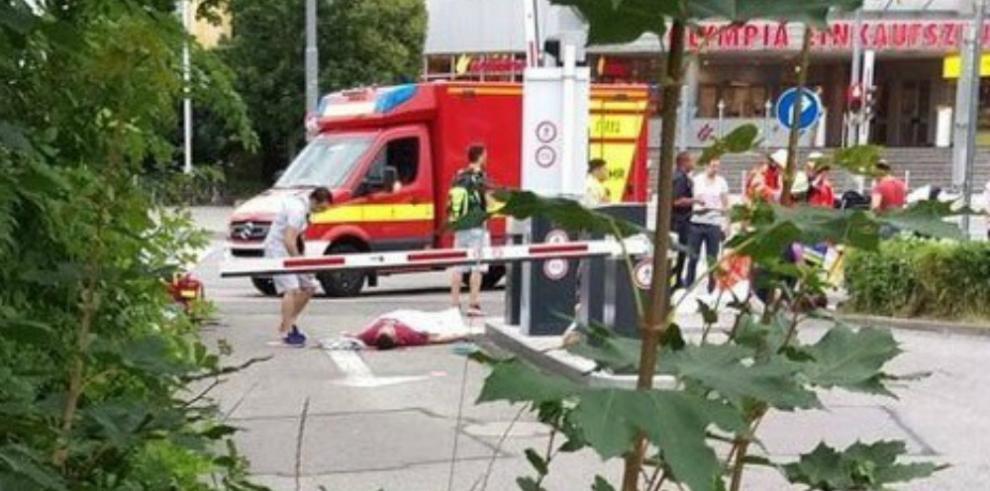 Varios muertos y heridos en tiroteo en un centro comercial de Múnich