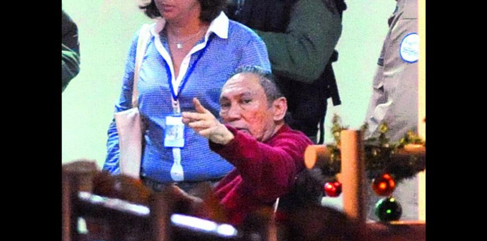 Defensa aboga por Noriega ante Cruz Roja