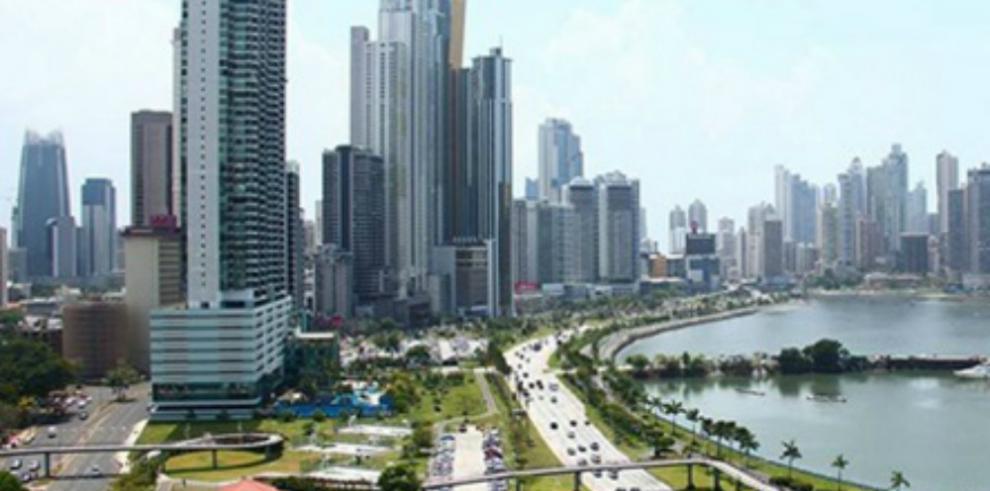 Fitch Ratings ratifica calificación de Panamá