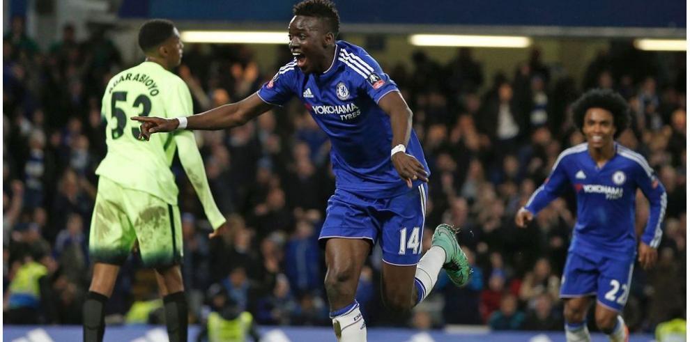 Chelsea aplasta al City y avanza a los cuartos