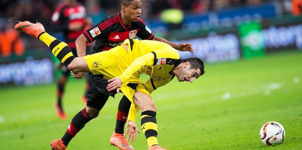 Borussia Dortmund le mete presión al Bayern Múnich