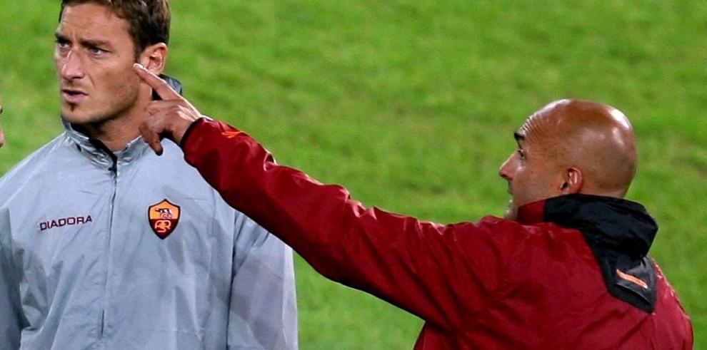 El técnico Spalletti, llega al banquillo del AS Roma