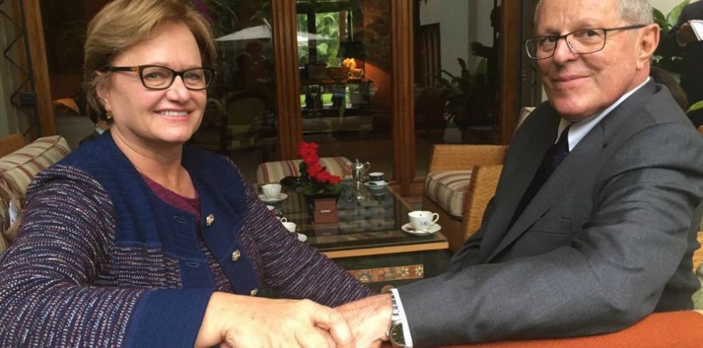Kuczynski pide unidad para que Perú sea