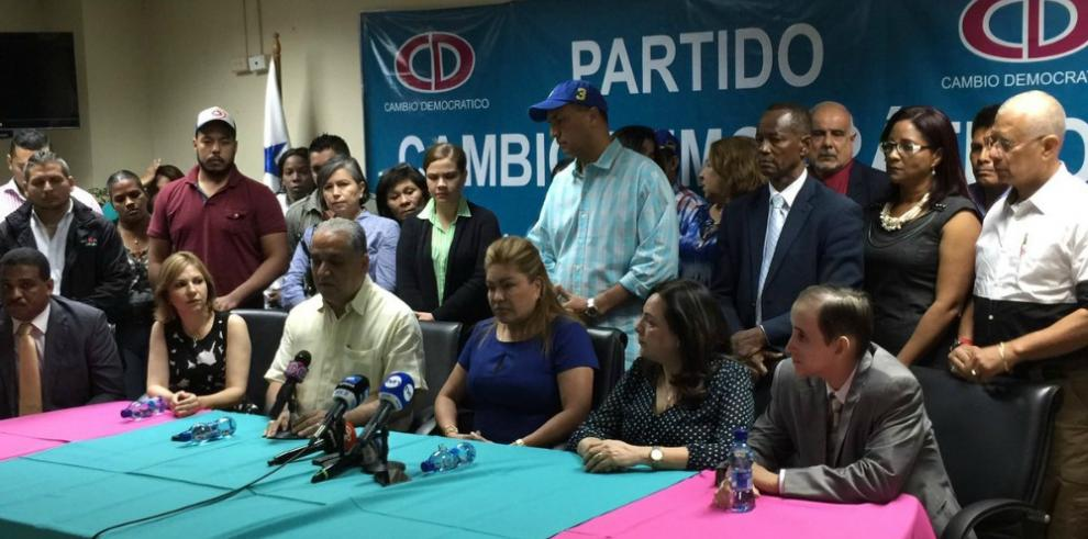 CD anuncia protesta ante la continua persecución política