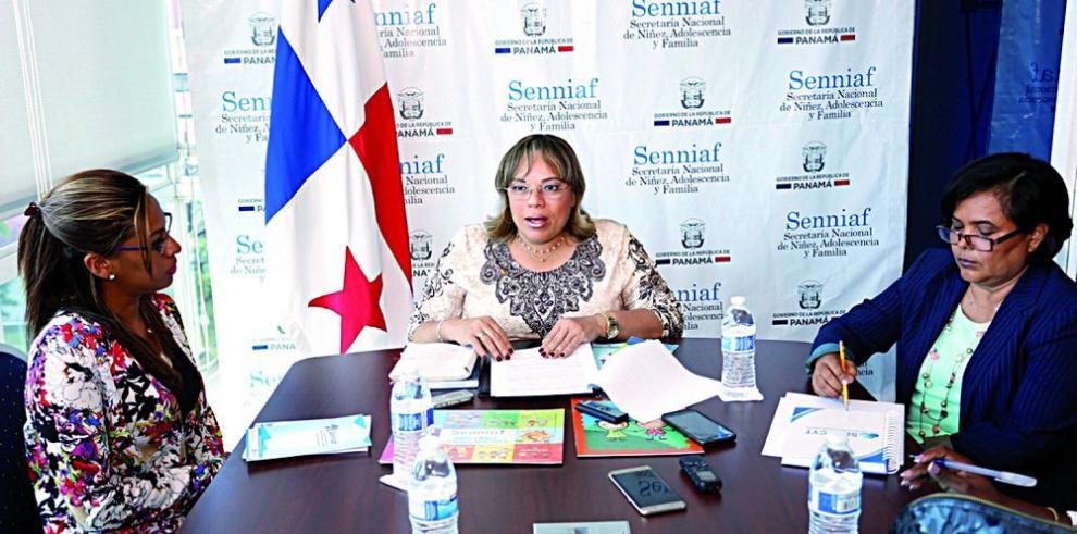 Directora de Senniaf no responde el informe de la Comisión Evaluadora