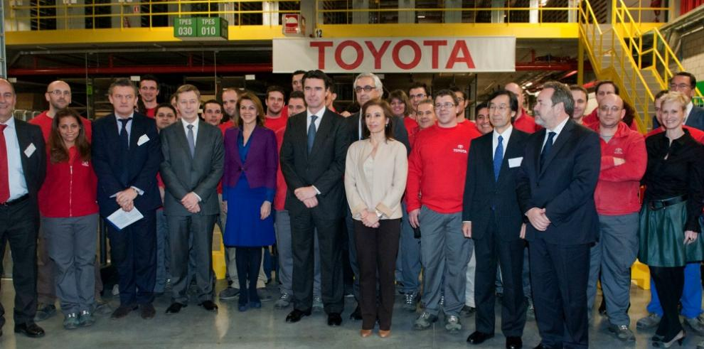 Toyota permitirá que 25,000 trabajadores laboren desde casa