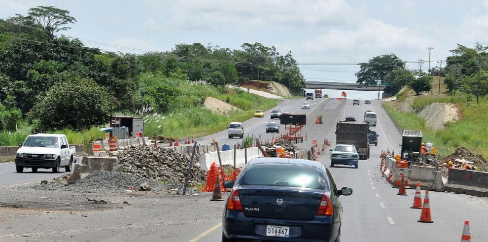 Deficiente, la autopista Arraiján-La Chorrera