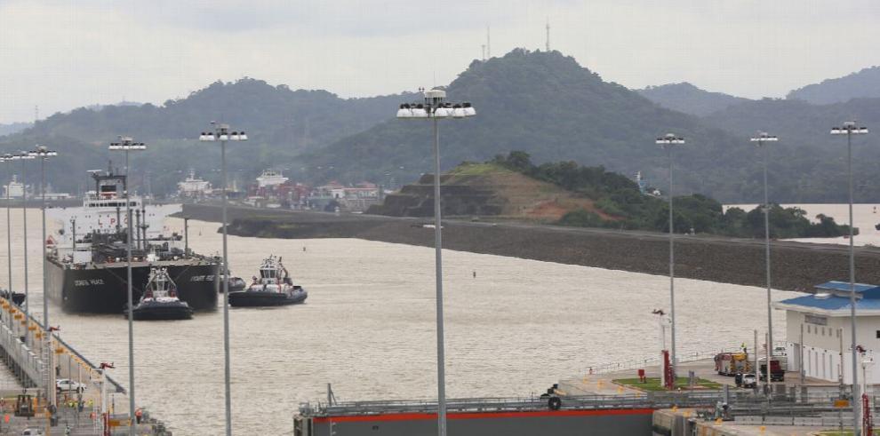 Chile acondicina sus puertos por el Canal