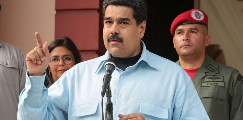 Maduro condena asesinato de alcalde