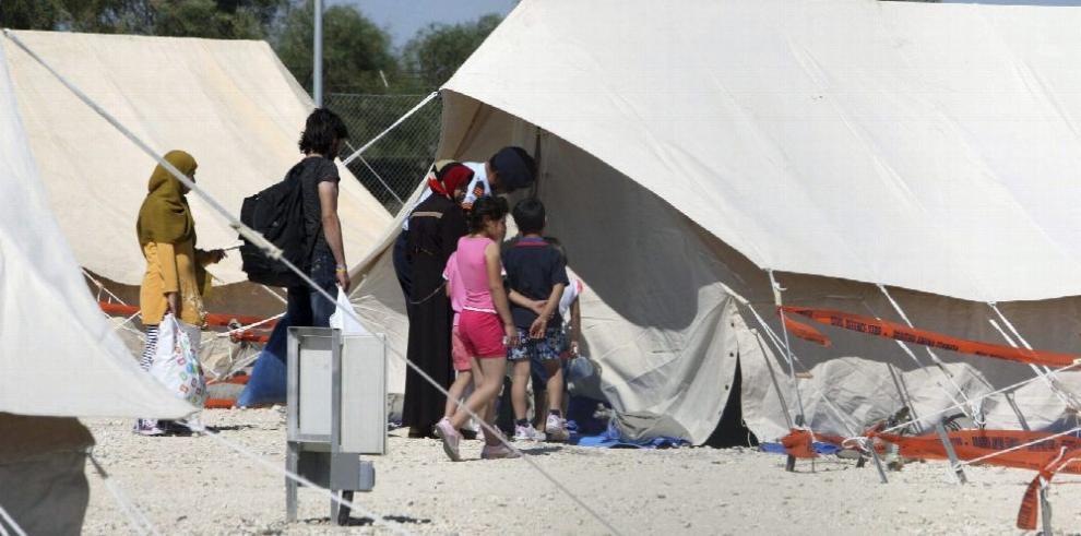 Grecia, agobiada por la llegada de inmigrantes