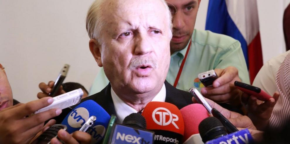 Erasmo Pinilla evalúa continuar en el TE