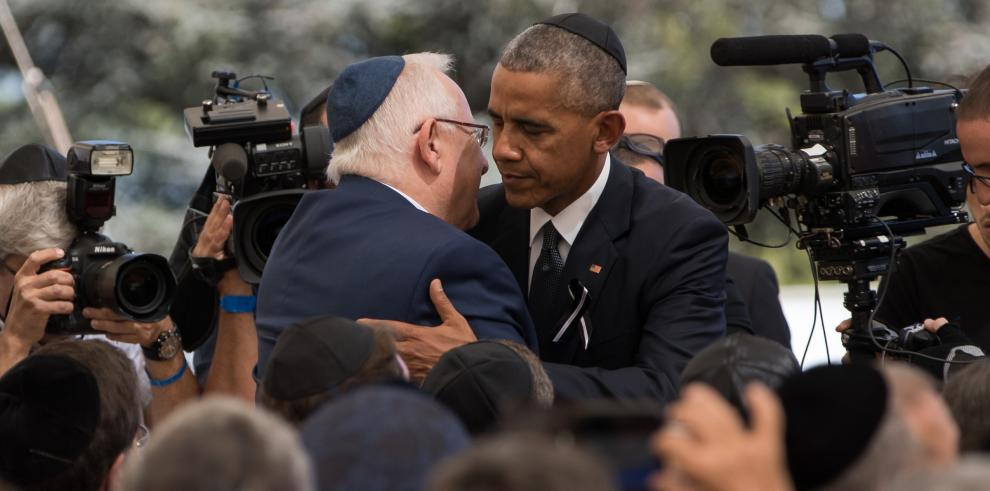 Obama exhorta a Israel a retomar el camino de la paz