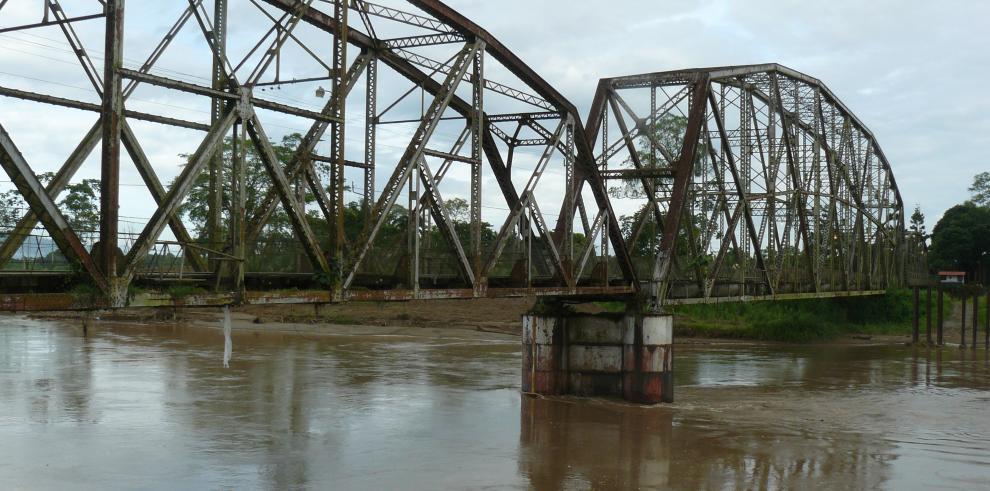 Panamá y Costa Rica construirán puente sobre el río Sixaola