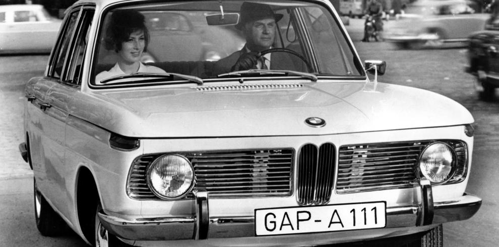 BMW cumple hoy 100 años