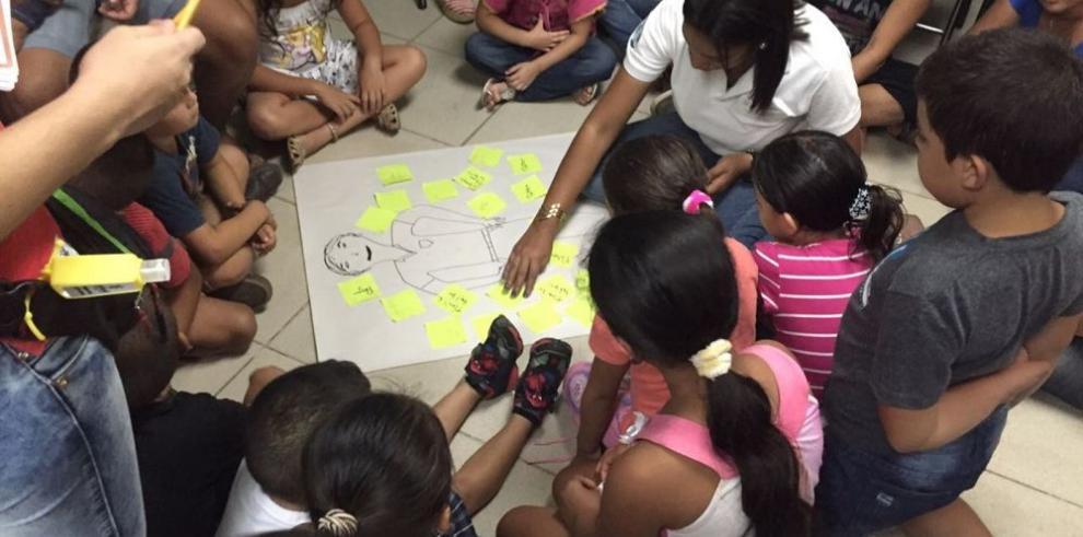 Taller en centro educativo para prevenir el acoso