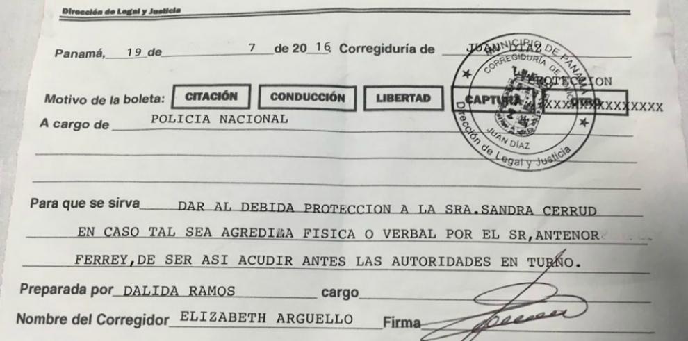 Embajador de Nicaragua en Panamá agrede a mujer